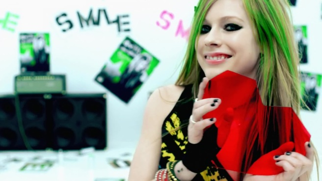 Avril Lavigne - Smile (7)